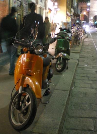 Milan pavement parking